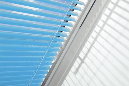 Мансардные окна Факро ПВХ PTP U3 Fakro